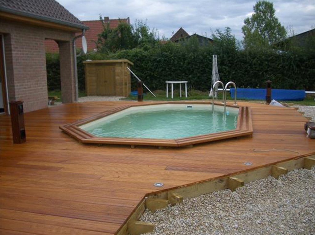 Best terrasse avec piscine pictures for Construction piscine 80