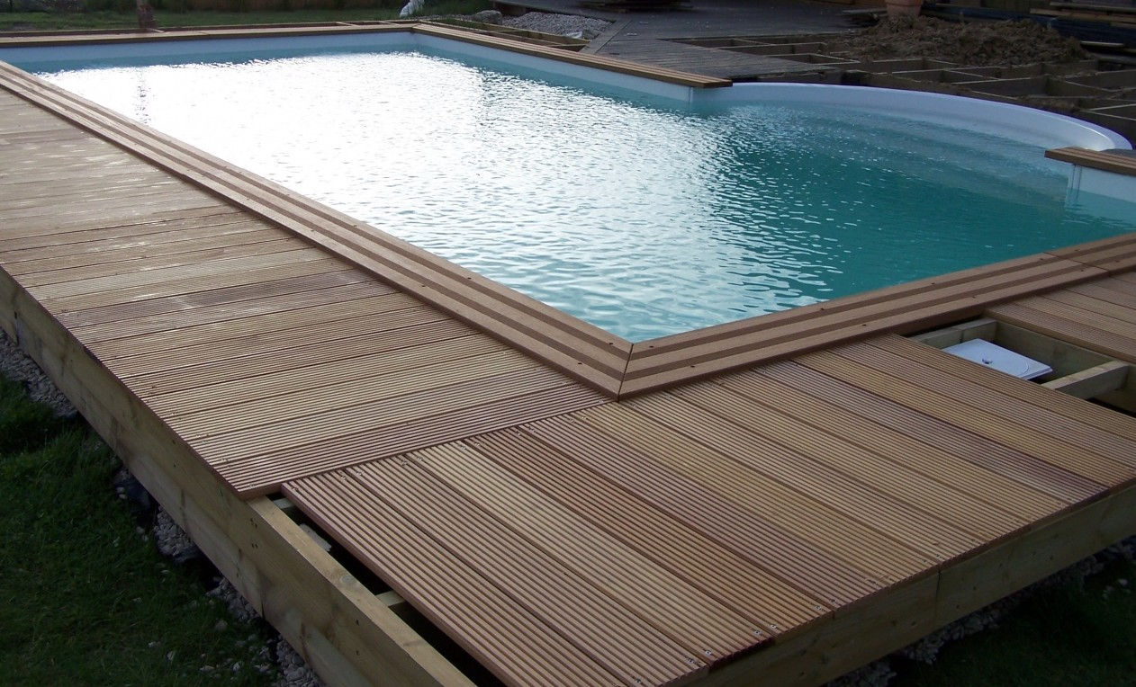 Terrasse en bois exotique bouvignies orchies r gion for Piscine lille