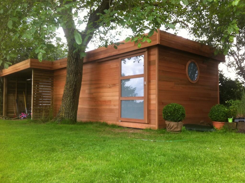 Abri de jardin en bois et carport sur orchies lille p v le for Conception abris de jardin