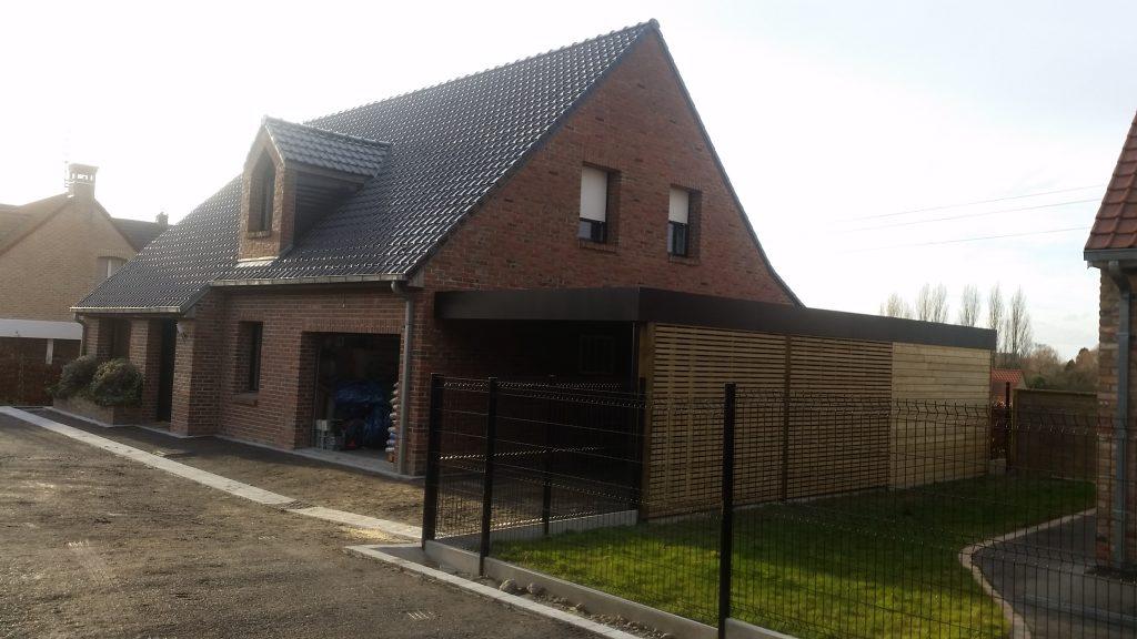 Carport en bois avec abri de jardin int gr sur orchies for Garage de la riviera villeneuve d ascq